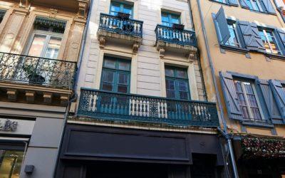 Immeuble d'habitation et commercial, quartier Saint-Etienne à Toulouse